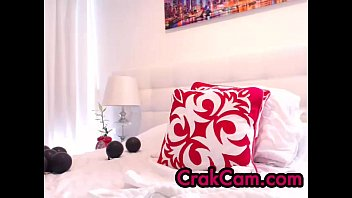 marvelous dark haired wand - crakcamcom - cam.