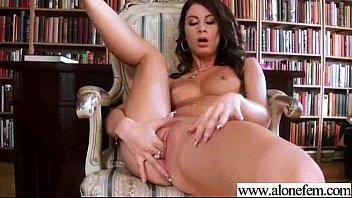 Amateur Girl (ariella) Use All Kind Of Sex Toys Masturbating vid-06