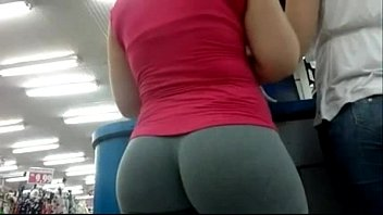 Candid Camera In Public Store Nice Ass In Tight Yoga Pants 01