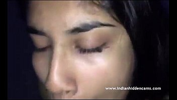 indian mega-bitch providing oral job to boyfriend - indianhiddencamscom