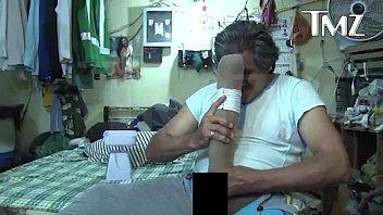 mexicano muestra su pene de 48 2 cm.
