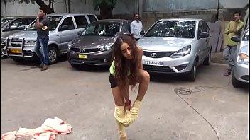 telugu actress getting bare herself