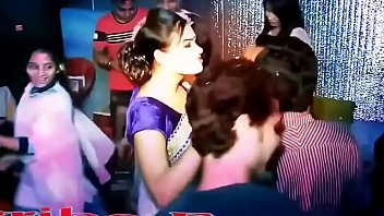 hot bangla aunty dancing in private party