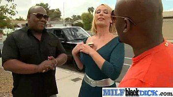 Interracial Sex Tape With Huge Black Cock In Hot Pussy Of Milf (mellanie monroe) vid-21