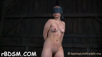 Beauty doesn'_t know what lusty torture that babe just signed up for