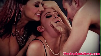 Redhead babe dp fucked in threesome