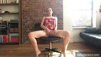 cute brunette masturbates and fingers herself more on collegecamz.com