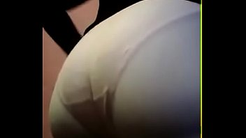 esposa en leggins blanco