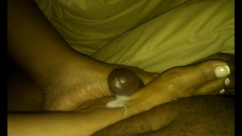 Ebony Footjob from wifey (Trinidad Soles)