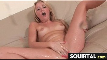 sexy girl cumming on cam very very good 8