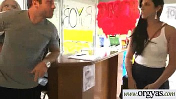 kimmy granger scorching lady get lured with lots.