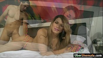 latina transsexual paulinha lima gives head and assfuck.