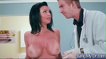 veronica avluv supah-hot patient come to doc and.