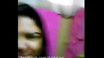 Dhaka Banglalink officer Suraiya shows her at selfie video