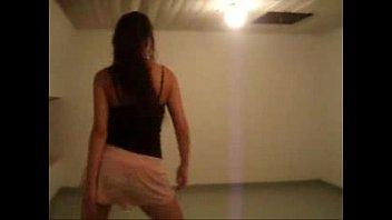 Latina Amateur Booty Twerking - spankbang.org