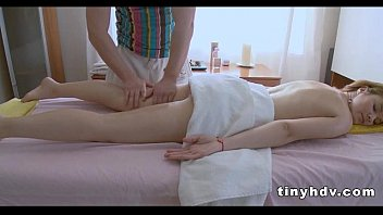 Perfect teen pussy streched Rosanna 4 41