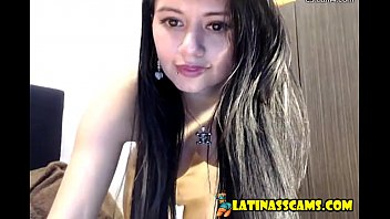 Andrea nasty busty bitch fingering on a webcam - latinasscams.com