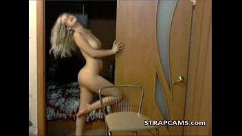 Blonde hot teen dancing