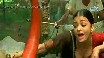 bollywood actress aishwaria rai fat breasts deep cleavage.