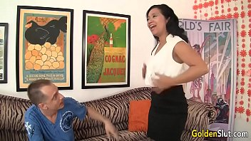 aged chinese female lucky starlet nailed by milky boy