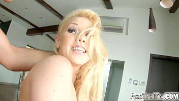 Asstraffic Lola Taylor loves rough anal sex