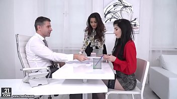 darcia lee and mia evans rails their boss039_.