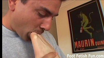 Worship my feet and you'_ll get a footjob reward