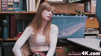 Lovely teen'_s trimmed pussy fucked in the office
