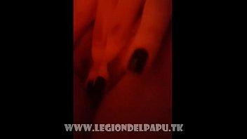 Hermosa tetona con carita Tierna se Desnuda COMPLETO AQU&Iacute_: http://srt.am/LvgKqA
