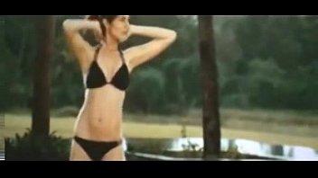ANUSHKA SHARMA FULL BLACK BIKINI HOT in ladies vs ricky bahl - YouTube