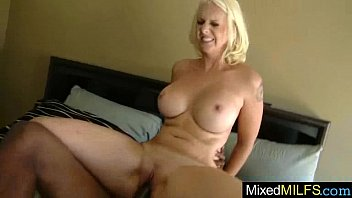 mandy yummy warm cougar luving ebony xxl spear.