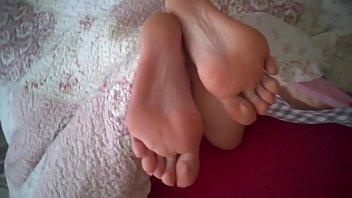 cum on sexy feet my gf