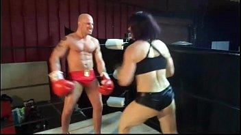 uiwp entertainment stomach crushing fellow vs 202 lb damsels