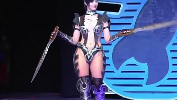 cosplay sexy milf