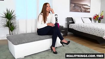 realitykings - mikes room - pretty.