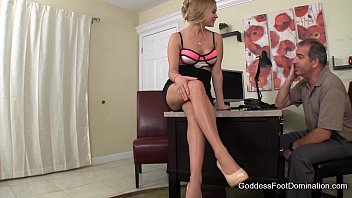 girlfriendrsquo_s wealthy daddy blackmailed - podophilia.