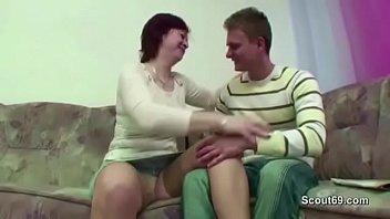 mummy entice him to get pummel when parent.