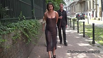 ebony-haired gets sucky-sucky on the streets