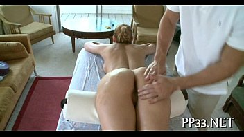 Sweet drilling of hot babe'_s snatch