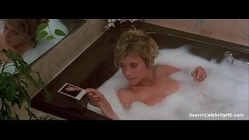 rosanna arquette in despairingly seeking susan.